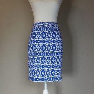 The pencil skirt J CREW Blue White Ikat Print